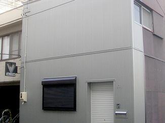 外壁・屋根リフォーム シンプルかつ防犯性の高い外観へ