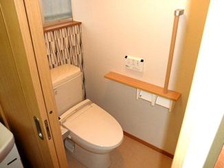 トイレリフォーム 汲み取りトイレを使いやすいバリアフリートイレに